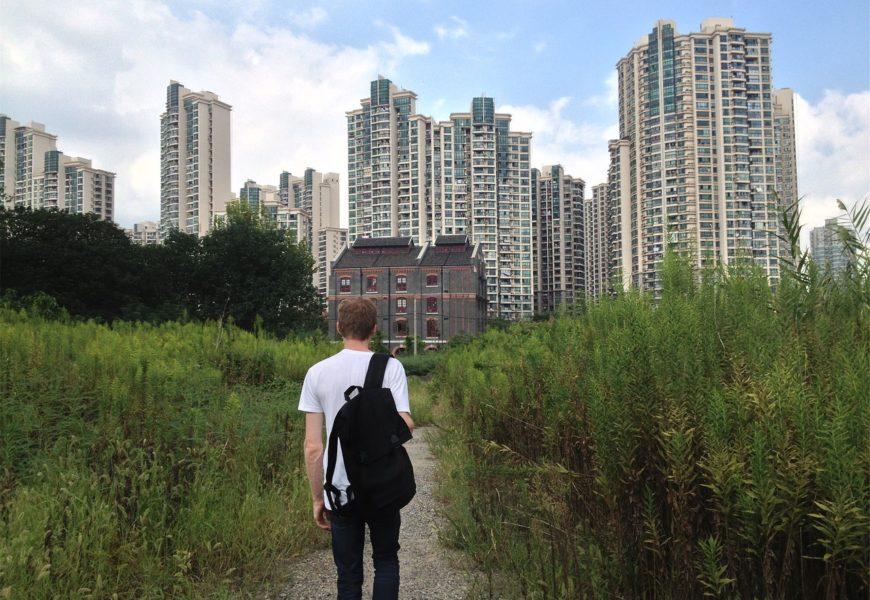 První samostatný byt – cesta od rodičů k vlastnímu bydlení